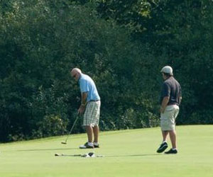 New Jersey vacation package deal: Stay and play at Hotel Belvidere and Apple Mountain Golf Course